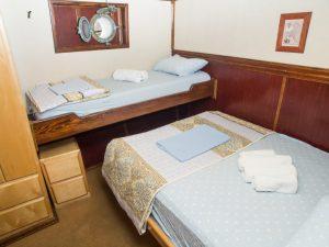 Freedive Yachting cabin photo 1